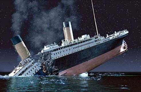 how many people died during the crash of the Titanic