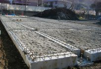 Construction of houses of lightweight aggregate concrete blocks: features, stages, reviews of the owners