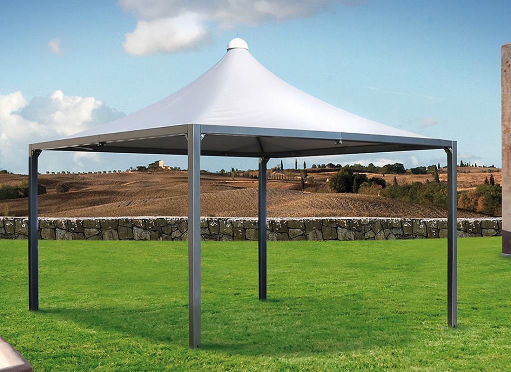 Gazebos of metal and polycarbonate