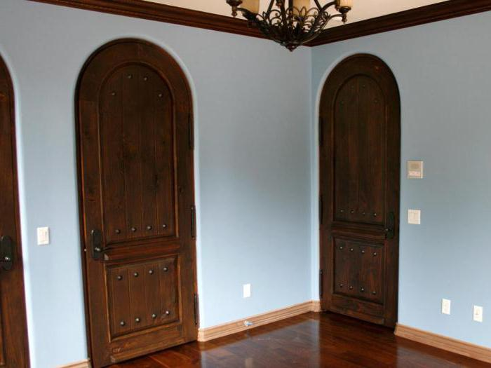arched doors photo