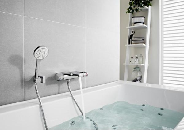 hygienic shower with mixer tap flush-mounted