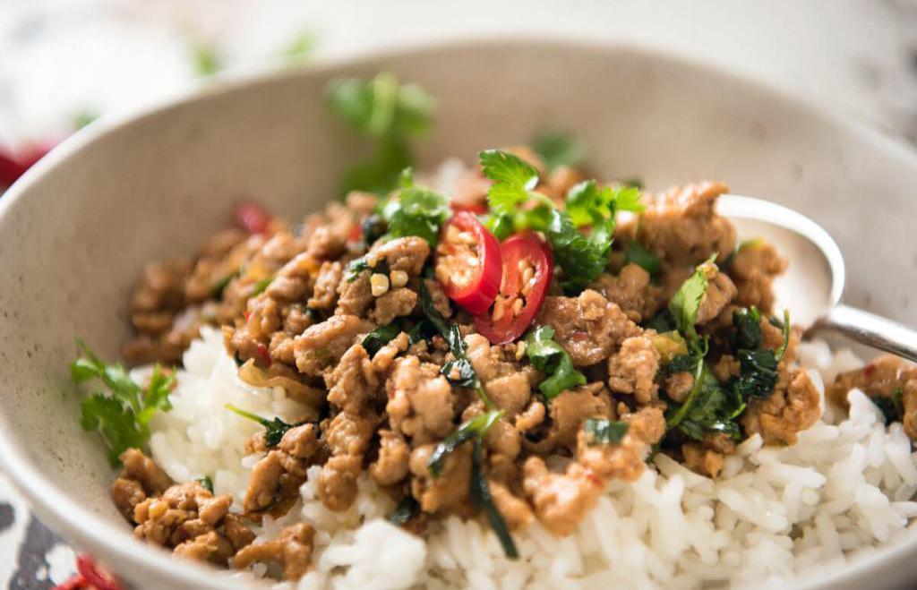 Was Kochen aus Poulet-Hackfleisch: einfache Rezepte für leckere Gerichte
