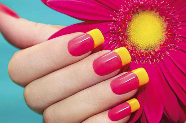 manicure with two colors