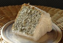 Poppy seed cake with flour and without it