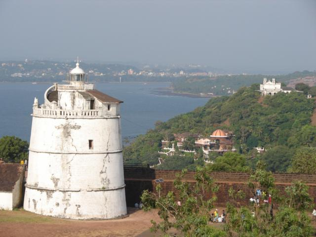 North Goa sightseeing independently